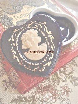画像1: ドイツ 古い陶器の小物入れ ハート型