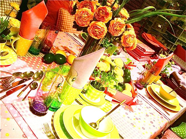 ドイツ的イースターのテーブルコーディネート